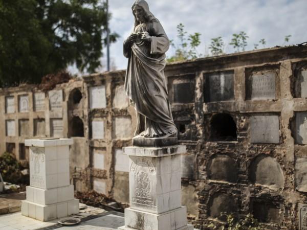 Дори и мъртвите не са в безопасност в Маракайбо, венецуелският