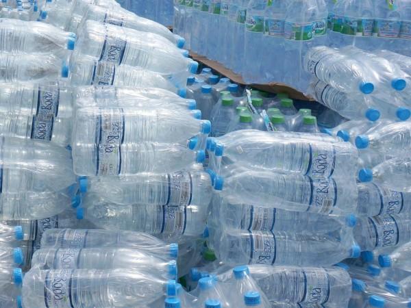 Освободиха от държавния резерв минерална вода, сухи супи и консерви