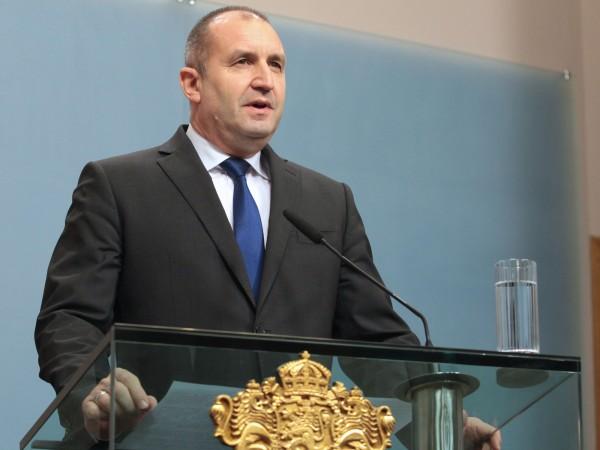 Очаквам правителството да гарантира, че няма орязване на бойните възможности