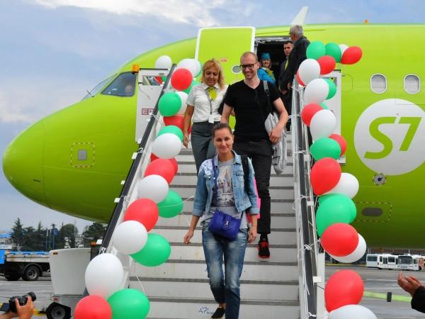 Четирикратно нараснал трафик над България през последните години отчете авиацията