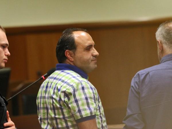 Обвиненият за даване на подкуп кмет на Костенец Радостин Радев