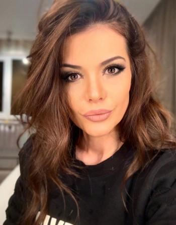 Хакери подлудиха Преслава, остана без профил в Instagram