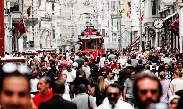 Масово изборно преселение в Истанбул за кметския вот