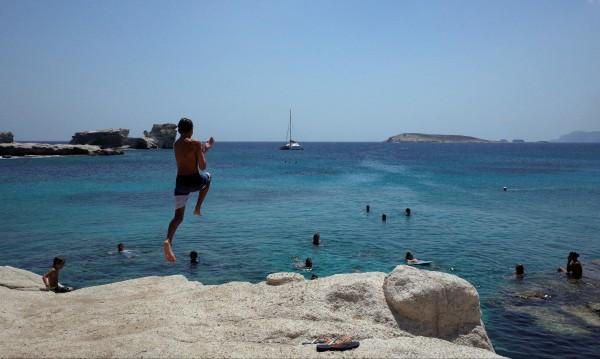 Жега в Гърция, лекарски зов - много вода и лека храна