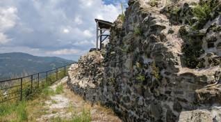 Българските крепости: Подвис и историята на Момчил