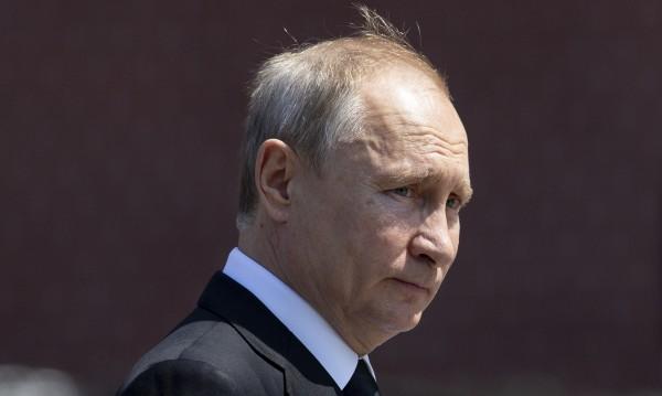 Путин удължи забраната за внос на храни от ЕС до 2020 г.
