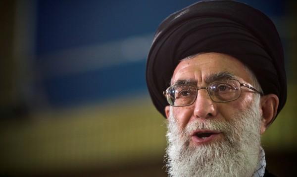 Иран: Санкции срещу Хаменей? Край на дипломацията!