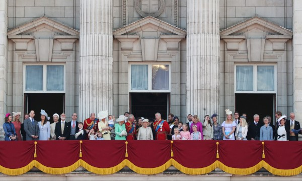 £67 млн. за британската монархия за 1 г. от данъкоплатците