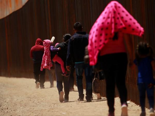 Седем мигранти са починали в района на границата на САЩ