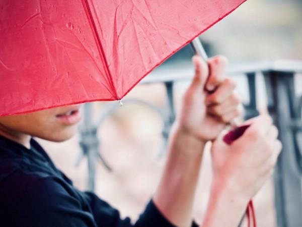 И през следващото денонощие ще има валежи, придружени с гръмотевици,