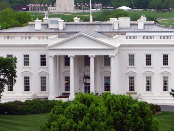 Шефът на протоколната служба на Белия дом Шон Лолър напуска
