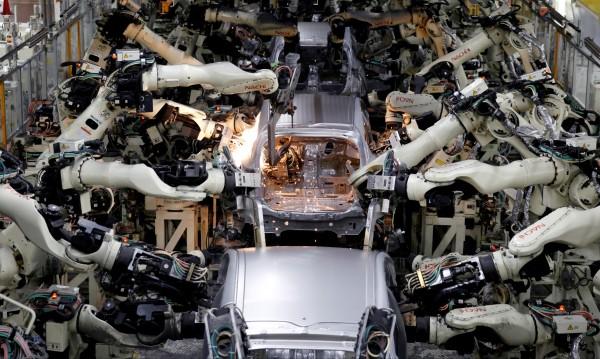 Роботите ще откраднат 20 млн. работни места до 2030 г.