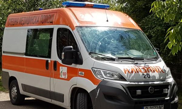 20-годишен загина в катастрофа след удар в стълб
