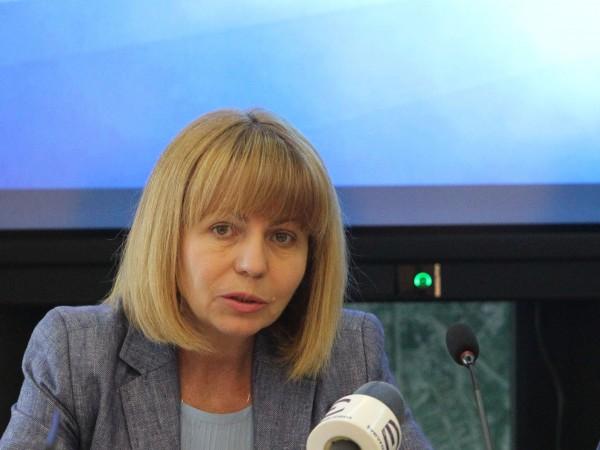 Кметът на София Йорданка Фандъкова е поискала и получила оставката