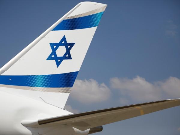 """Самолет """"Боинг"""" 737-800 на израелските авиолинии """"Ел Ал"""" кацна аварийно"""