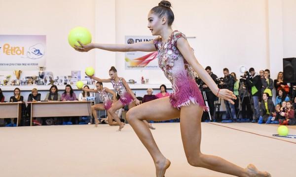 Елена Бинева спира с гимнастиката заради травми