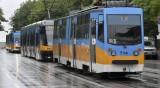 """Катастрофа на трамвайните линии пред """"Пирогов"""" в София"""