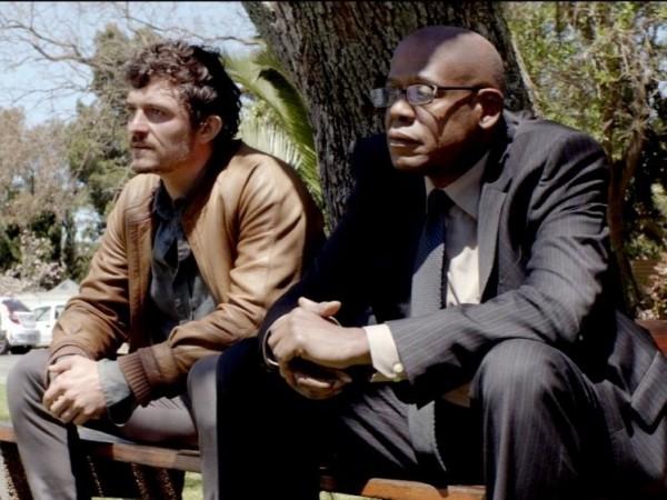 """Снимка: Уитакър и Блум се борят с незараснали рани в """"Зулу"""""""