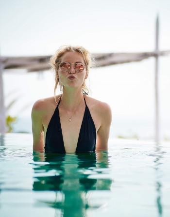 Инфекции, твърде много хлор - за какво да внимавате на басейна?