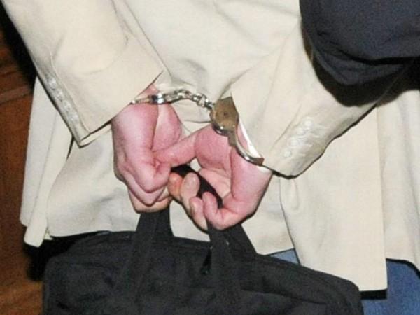 Полицията в Сливен задържа 43-годишен мъж, който се сдоби и