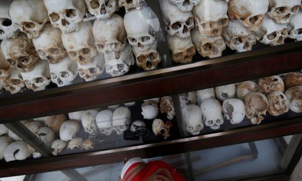 Да оцелееш в Полетата на смъртта на Червените кхмери