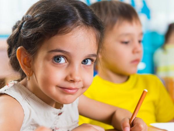 Снимка: 6 начина децата да станат малки писатели