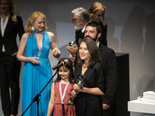 """Снимка: BG филмът """"Бащата"""" взе голямата награда на Карлови Вари"""