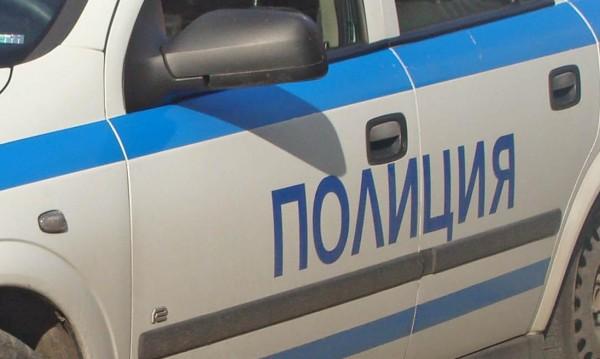 Задържаха 43-годишна в Сливен, нападнала своя съседка