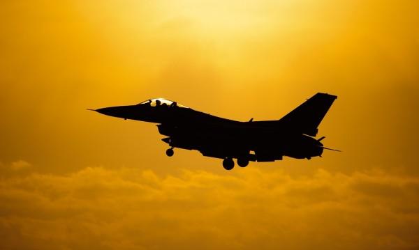 Одобрено от кабинета: Даваме 1, 256 млрд. долара за F-16