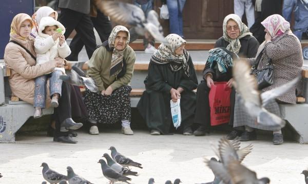Туркиня протестира, от години не може да се разведе