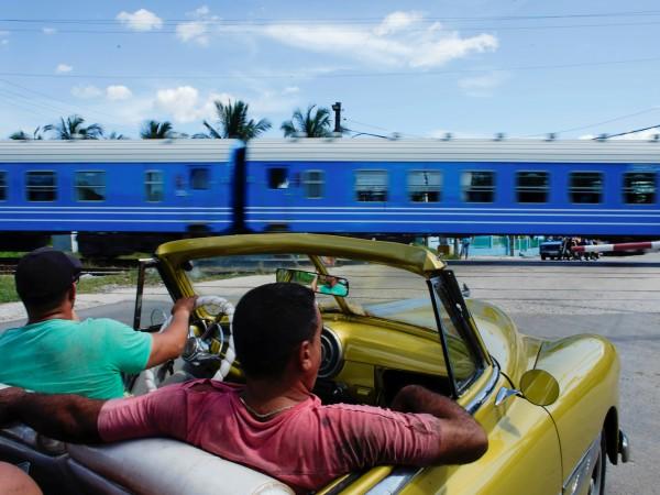 Първите нови вагони от 40 години насам в Куба поеха