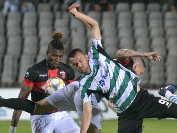 Черно море спечели с 3:1 домакинството си от първи кръг