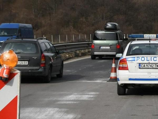 """Профилактика на осветлението в тунел """"Витиня"""" ще затрудни шофьорите днес."""
