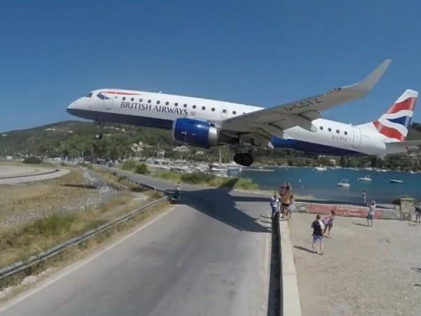 Заради малките си размери, гръцкият остров Скиатос има и доста