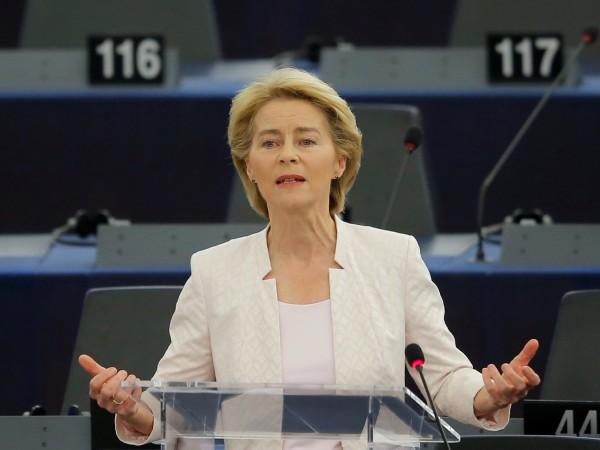 Днес в дебат с евродепутатите водещият кандидат за председател на