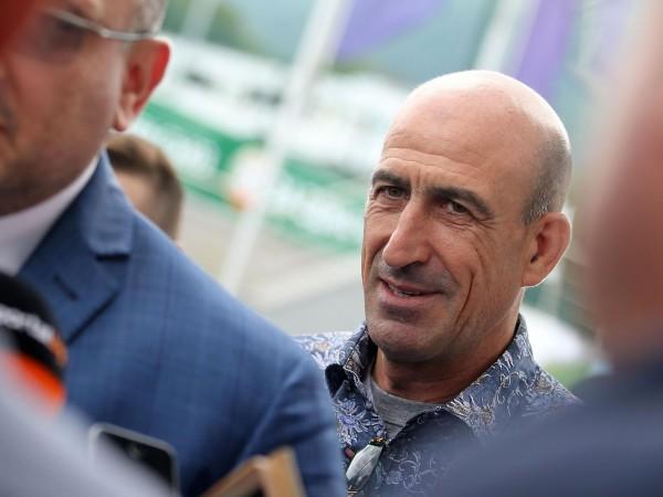 Вицепрезидентът на Българския футболен съюз Йордан Лечков се пошегува, че