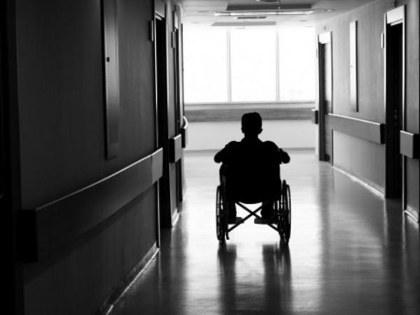 Медицинските услуги по НЗОК може да бъдат ограничени, предупреждават експерти.