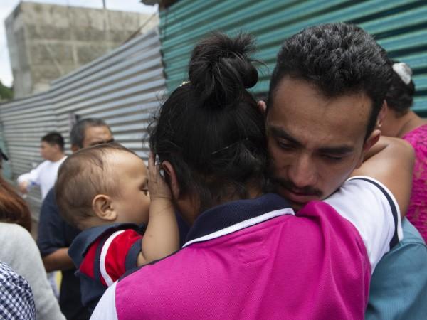 Снимка: Новите правила на Тръмп спряха стотици мигранти на границата