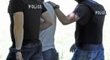 Задържаха деветима след акция в Сандански