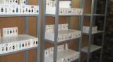Полицията във Варна разби склад за фалшиви парфюми