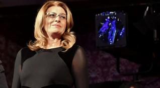 Деси Радева не взема заплата, но се самоосигурява