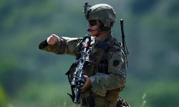 26b16109922 US войници в Саудитска Арабия, ще повишават сигурността | Dnes.bg Новини