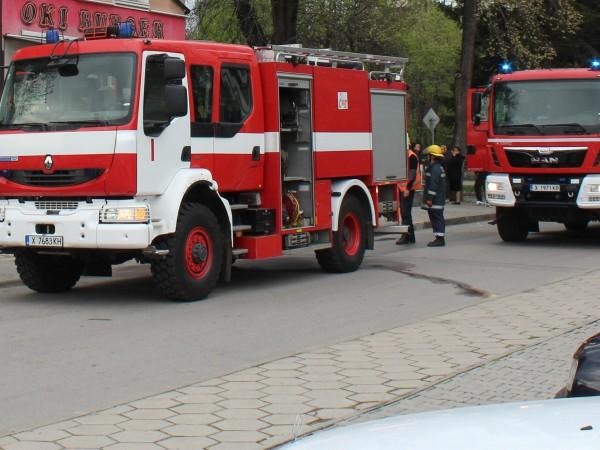 Проблемът с недокомплекта на българската пожарна е на път да