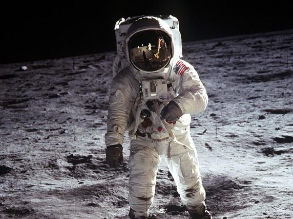 През 2024 г. САЩ ще изпратят астронавти на Луната и