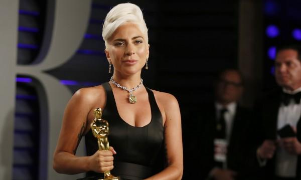 Върнахме си Крим, ще си върнем и Брадли Купър: Руснаци обиждат Гага