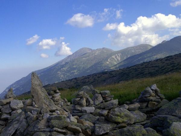 Масово изкачване на връх Мусала организира влогърът Слави Панайотов. Стартът