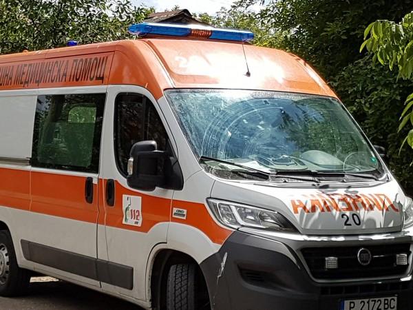 47-годишен пешеходец от село Калояново е с опасност за живота
