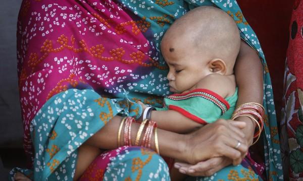 В Индия: За 3 месеца – 216 новородени бебета, но нито едно момиче!
