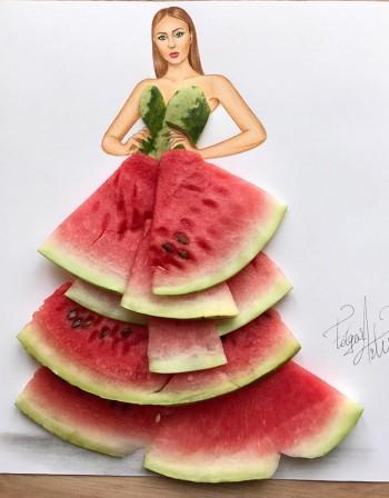 Като картина: Дизайнер впечатлява с нестандартни рокли