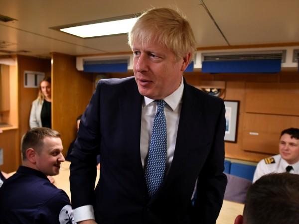 Снимка: Великобритания върви уверено по пътя на бивша Югославия